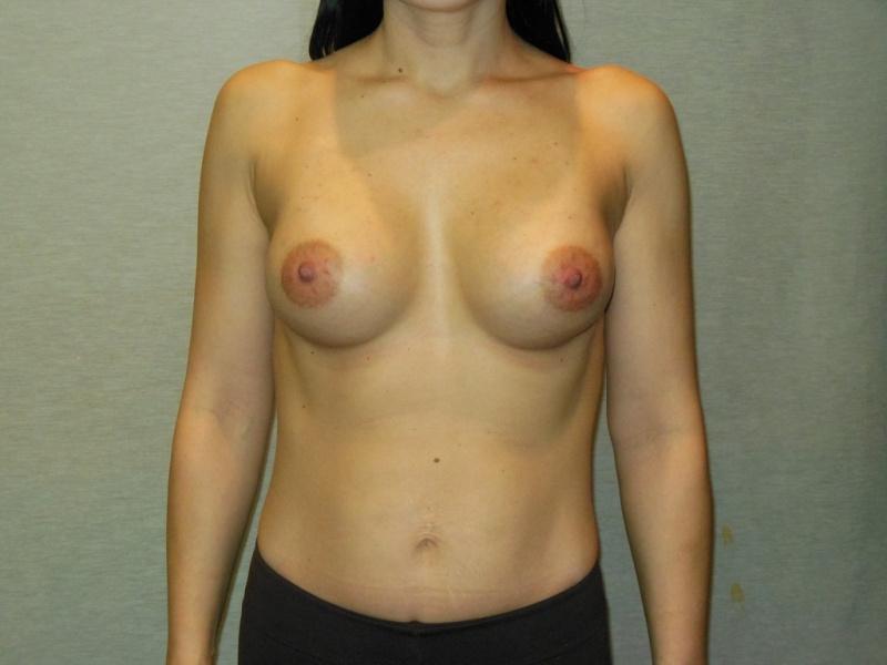 Маленькая грудь порнозвезды